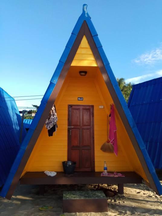 New Hut Bungalows